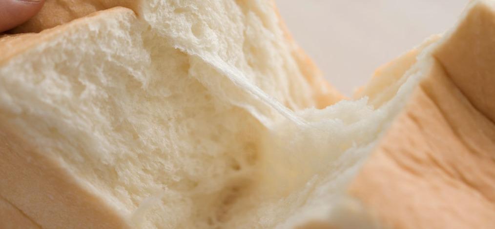 に志かわ食パン